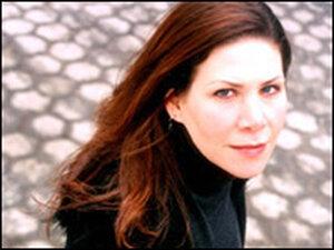 Singer and songwriter Dayna Kurtz.