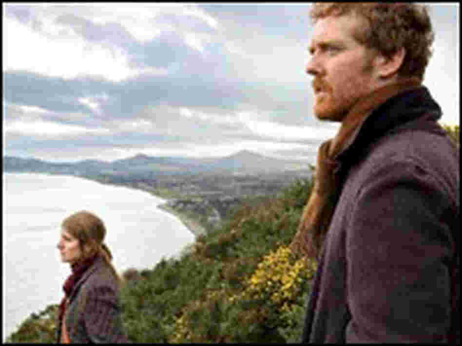 Marketa Irglova and Glen Hansard, in a scene from the movie 'Once'