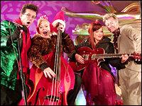 Brian Setzer Christmas.Brian Setzer Orchestra Diggin A Crazy Christmas World