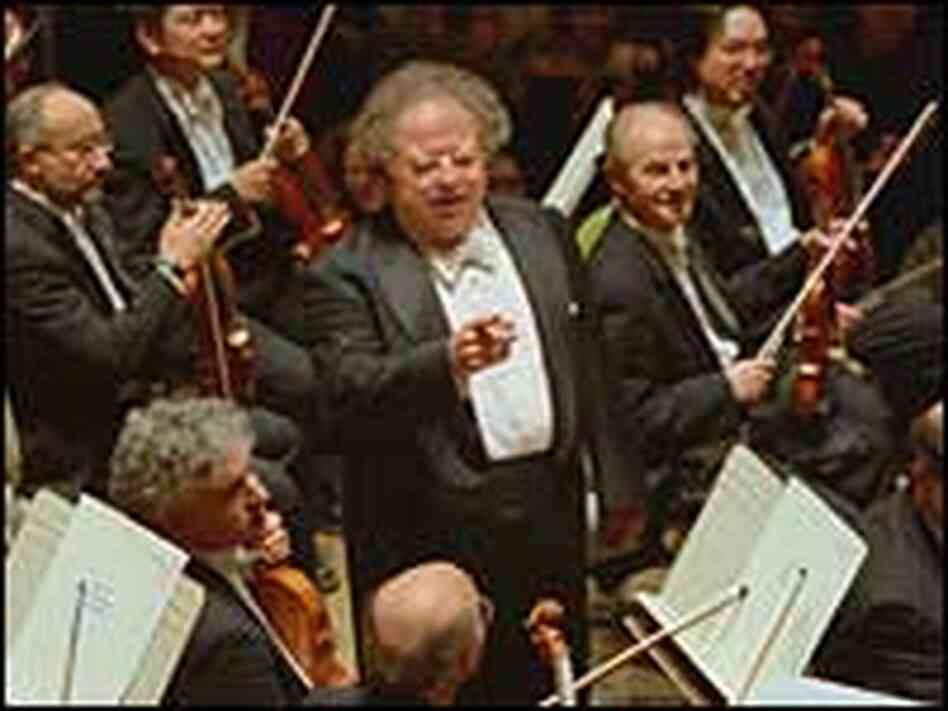 James Levine with members of the Boston Symphony Orchestra.