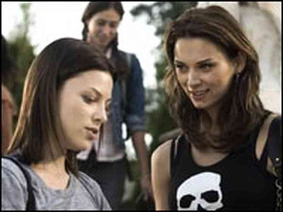 Lauren German and Vera Jordanova in 'Hostel: Part II'