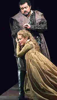 "Soprano Sarah Coburn and tenor Raúl Hernández in ""Lucie de Lammermoor"""