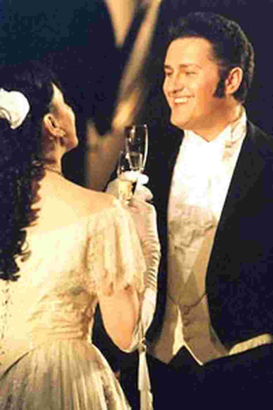 Piotr Beczala and Krassimira Stoyanova as Alfredo and Violetta