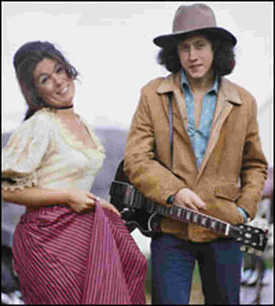 Arlo Guthrie and Alice Brock take a break during the filming of Alice's Restaurant in 1968.